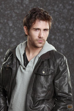 Matt-Ryan-John-Constantine