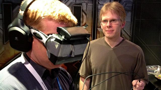 John Carmack probando los prototipos de Oculus Rift