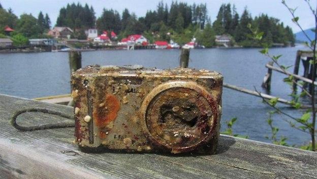 Panasonic Lumix encontrada a 40 metros de profundidad