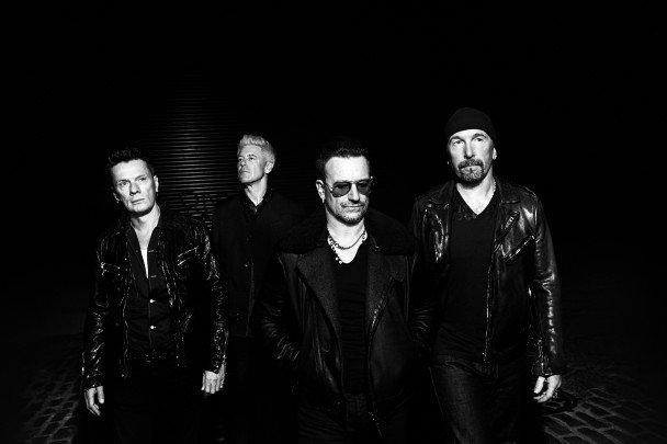 Además de ganar innumerables premios musicales, U2 ha ganado dos Globos de Oro