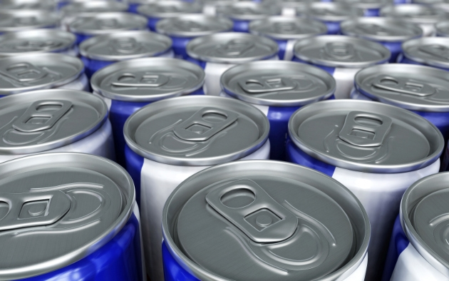 El exceso en el consumo de bebidas energizantes, es peligro para la salud