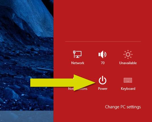 Paso 2 para apagar o reiniciar un equipo con Windows 8
