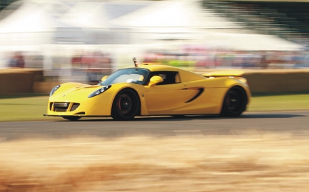 Hennessey Venom GT a toda marcha