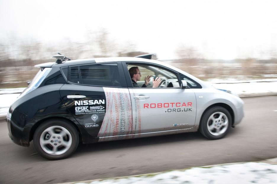 Carro de Nissan en prueba de autonomía