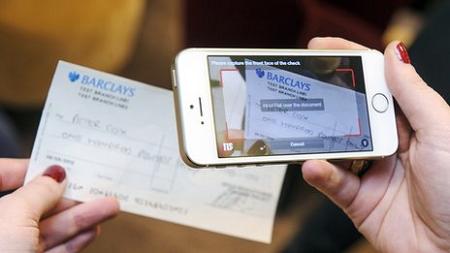 ahora-se-podran-cobrar-cheques-por-smartphone-1