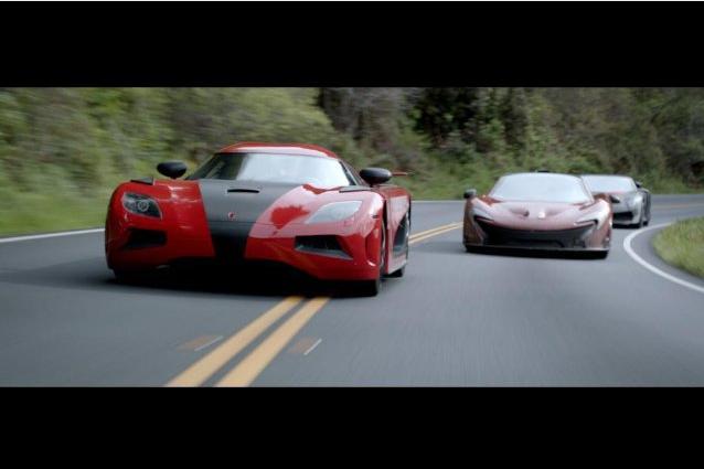Autos espectaculares quedaran destrozados en una de las carreras