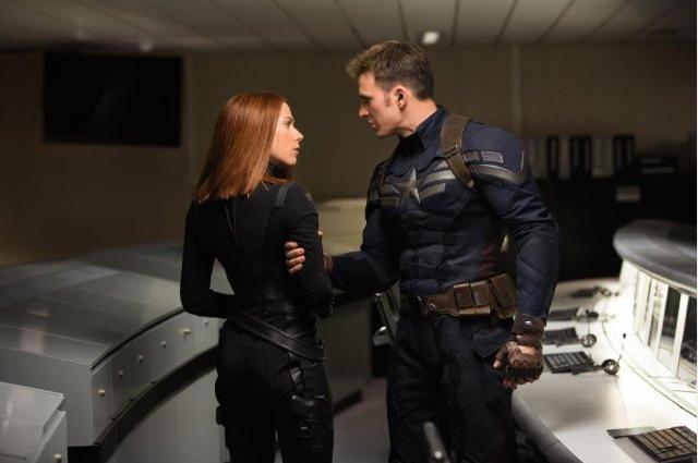 Viuda Negra y Capitán América