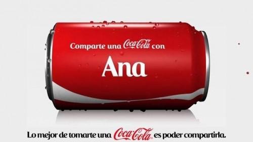 Una campaña donde las latas de coca cola tiene nombres de personas impresos.