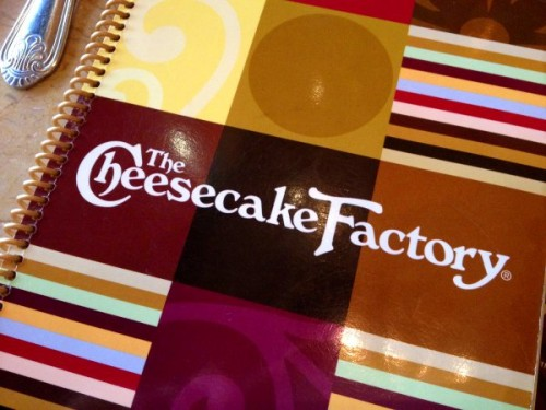 Te indicamos como facturar tus consumos en restaurantes The Cheesecake Factory