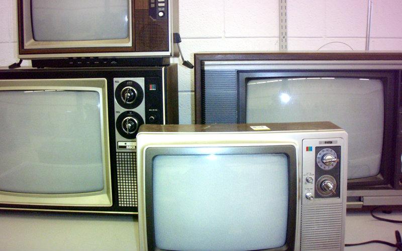 Que hago con mi TV vieja ahora con el apagón digital